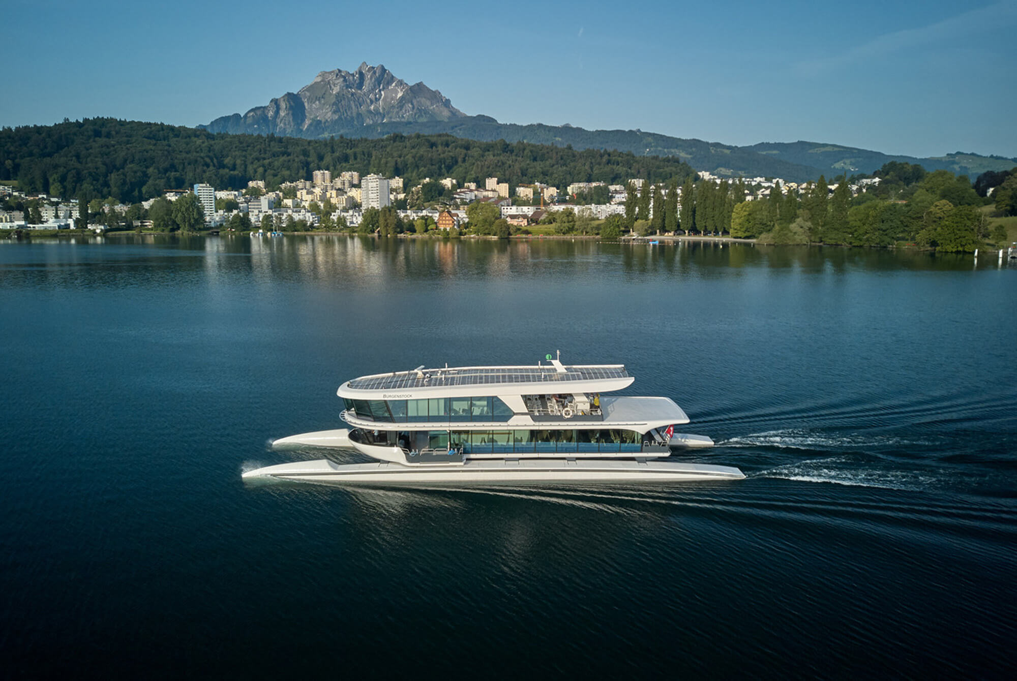 Passenger Vessels that look like Yachts